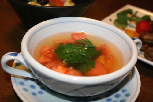 セロリとトマトのスープ