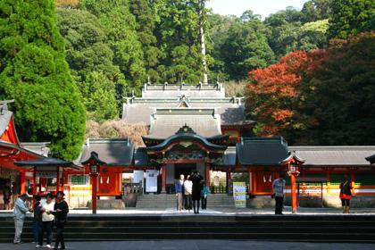 霧島神宮の本堂
