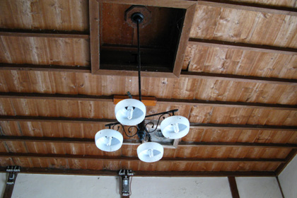 待合室の天井