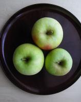 りんごみっつ