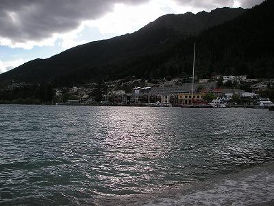 ワカティブ湖