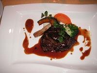 牛フィレ肉とフォアグラのトリフソース
