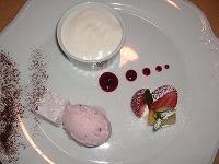 桜のアイス&ココナッツのグランマンジェ&カシスノマシュマロ