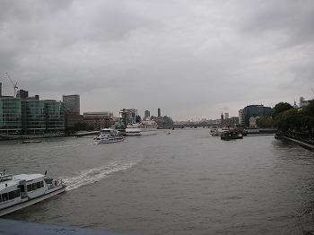 タワーブリッジから見た風景