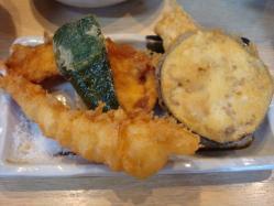 魚幾食堂 天ぷら定食 エビをつけたら+150円