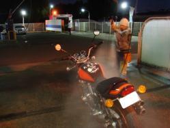 1日お疲れさまのバイクを洗おう
