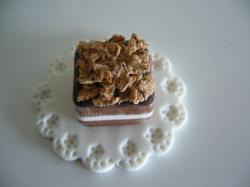 チョコレートケーキ フレーク