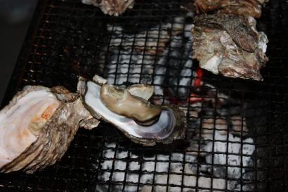 もちろん焼き牡蠣も