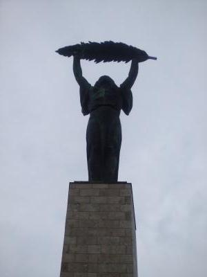 ハンガリー自由の女神