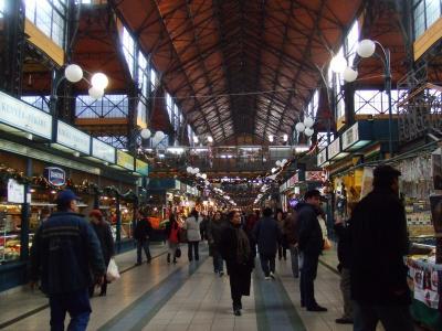 中央市場内部