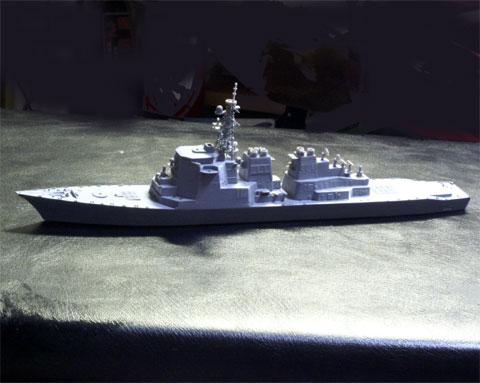 塗装前船体