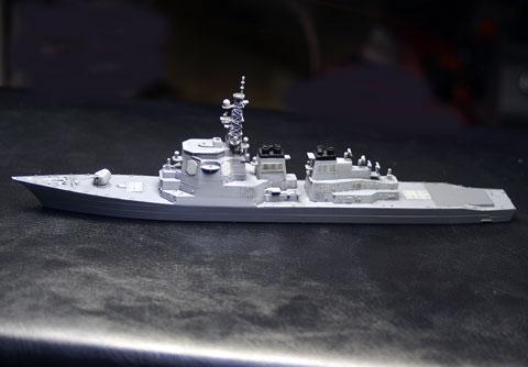 塗装後船体