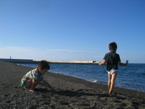 ふたたび海へ(兄弟)