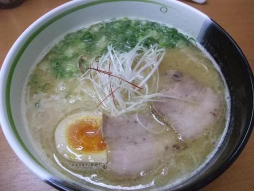 ななまる(鶏白湯ラーメン)