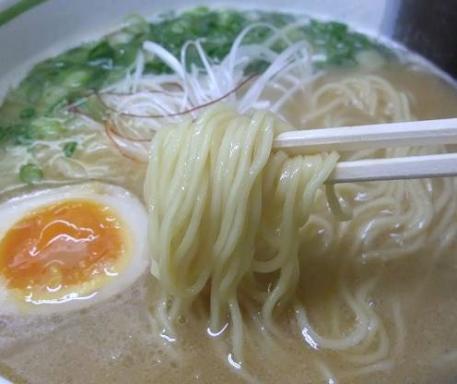 ななまる(麺)