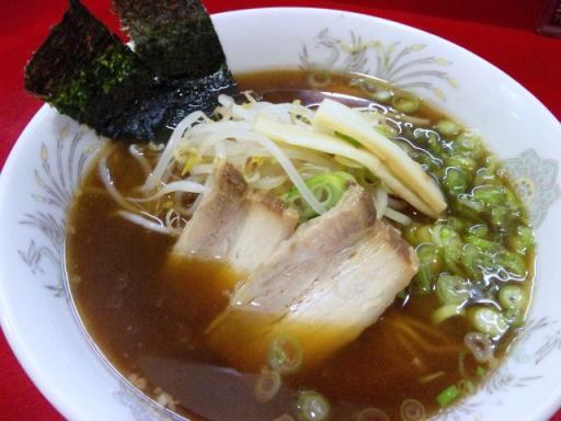 蓬莱(醤油ラーメン)