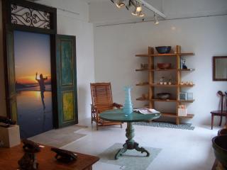 White gallery 鹿児島 001