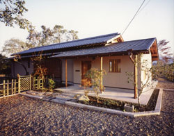 house007_1.jpg