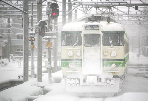 上越線 六日町駅