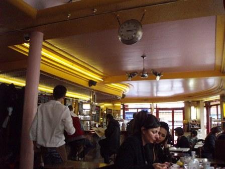 Amelie cafe2