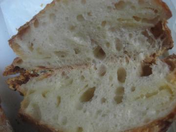 チーズのリュスティック切り口