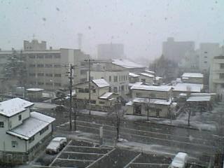 吹雪の会津若松市内