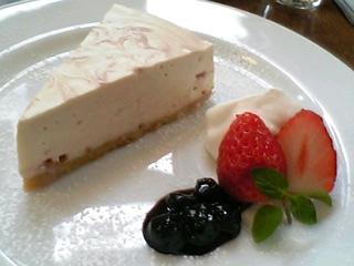 苺のレアチーズケーキ@セイロンティーガーデン