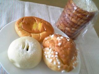 ラウンドメープル1/2・パン福(ずんだミルク)・まごころクリームパン・メープル ルンルン@またど~る