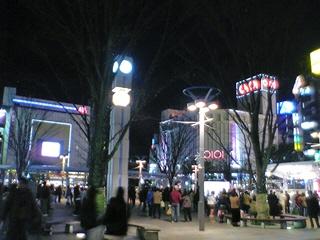 郡山駅前広場