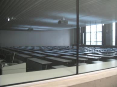早大大久保校区教室