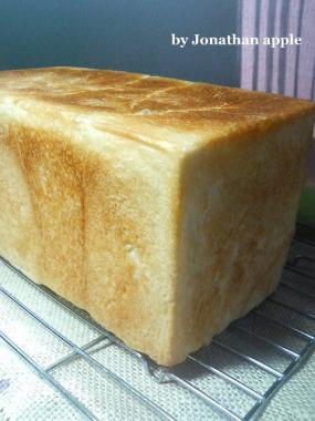 20081129紅玉酵母食パン01