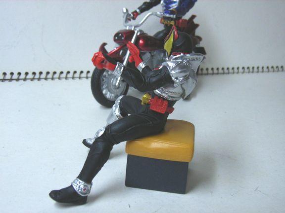 仮面ライダー・キバ バイク 016