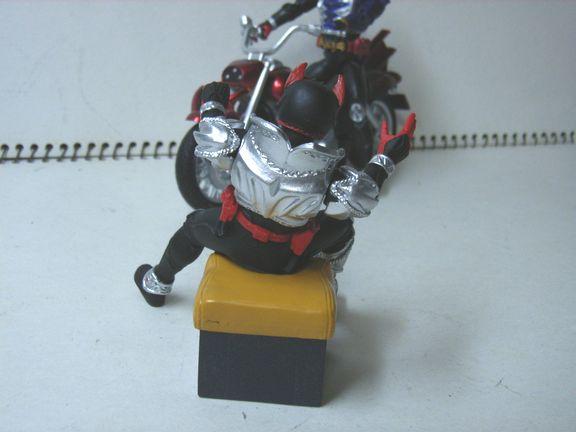 仮面ライダー・キバ バイク 017
