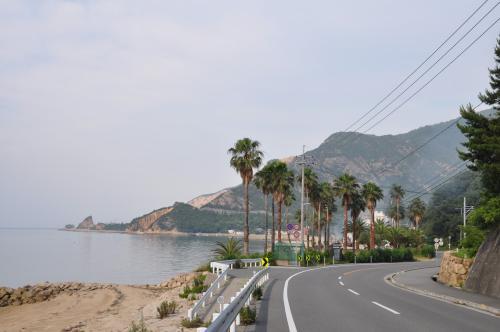 島の北側海岸線