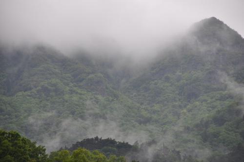雨と雲と霧