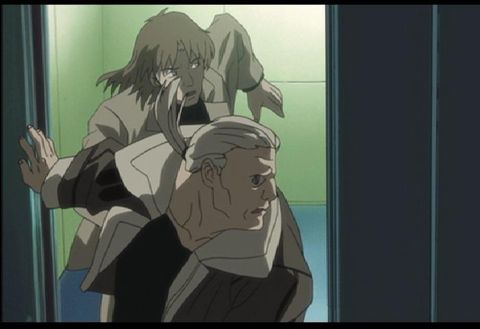 トミー&マツ、エレベーターから颯爽と登場