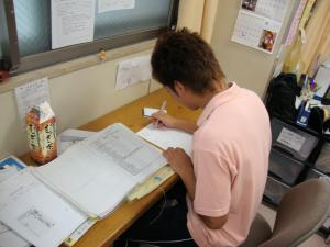 東京都 足立区 介護老人保健施設(入所・短期入所・通所リハビリ) 千寿の郷 介護学生 実習の様子