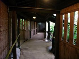 部屋への回廊