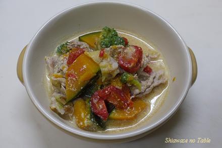 豚肉の豆乳味噌スープ