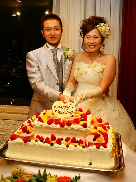 ケーキカット ウェディングケーキ 弘前パークホテル 写真 スナップ ハッピー フォト