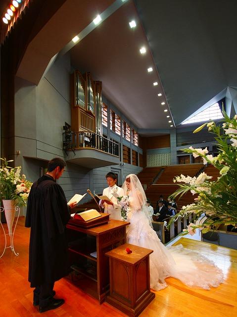 礼拝堂 挙式 弘前市 東奥義塾高等学校 礼拝堂 スナップ ハッピー フォト