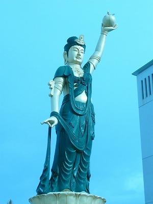 南田温泉ホテルアップルランド 観音像