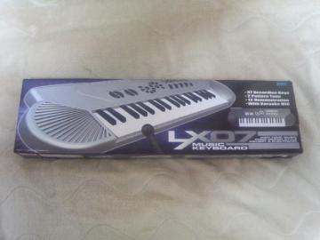 電子ピアノ2