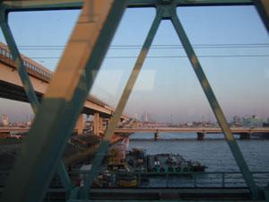 総武快速からC2を望む 奥に見えるのは葛飾ハープ橋