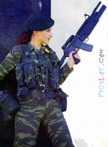 Beautiful_Female_Police_and_Army_Girls_from_Around_the_world_15.jpg