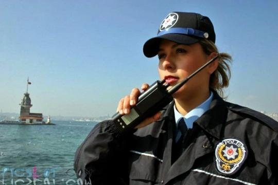 Beautiful_Female_Police_and_Army_Girls_from_Around_the_world_26.jpg