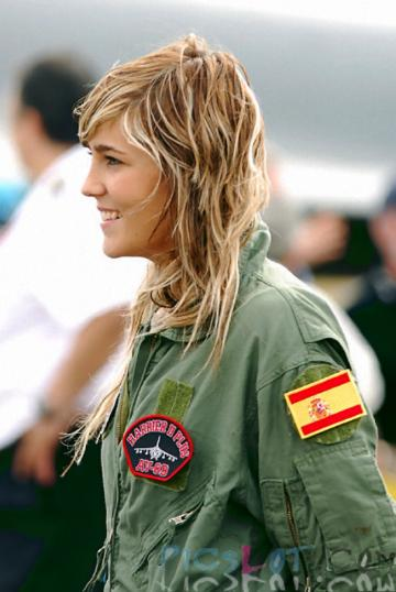 Beautiful_Female_Police_and_Army_Girls_from_Around_the_world_29.jpg