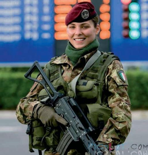 Beautiful_Female_Police_and_Army_Girls_from_Around_the_world_5.jpg