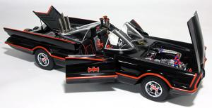 batmobile_tv18s_06.jpg