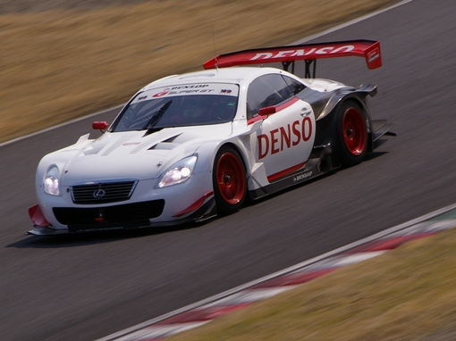 DENSO DUNLOP SARD SC430 高木虎之介/アンドレ・クート組